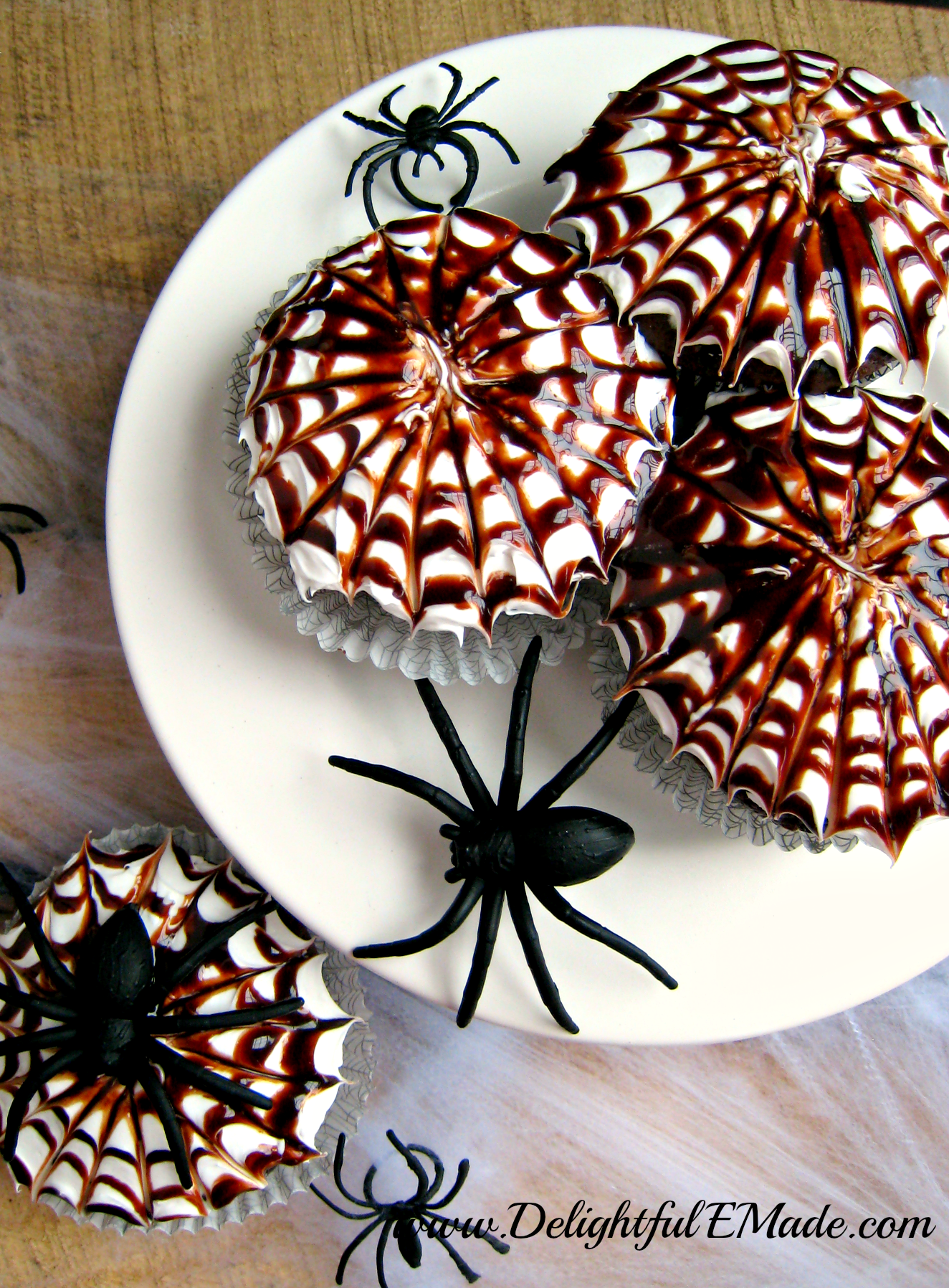 Spooky Spiderweb Cupcakes by Delightful E Made