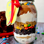 M&M Brownies in a Jar with FREE Printable