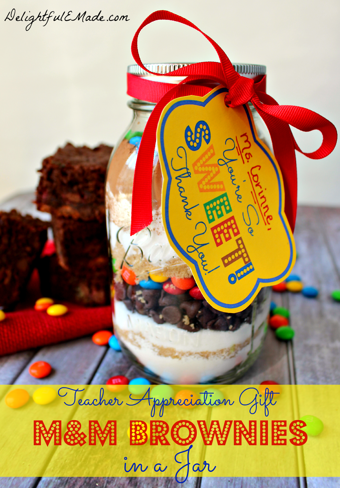 """Why not give it as a gift? This easy M&M Brownie mix in a jar is the perfect """"Thank You"""" gift for anyone in your life and makes a ..."""