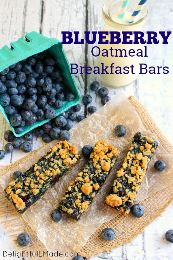 Loaded with juicy blueberries and topped with a brown sugar-oatmeal crumble, these Oatmeal Breakfast Bars are a delicious breakfast bar recipe.  Great to enjoy fresh out of the pan, or wrap up and freezer, these blueberry oatmeal bars are fantastic.