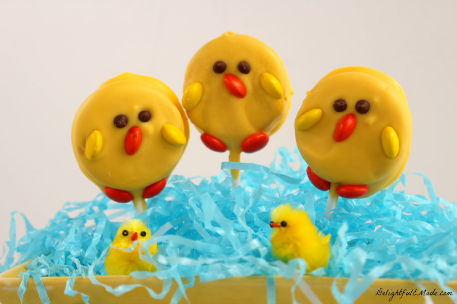 These adorable OREO pops are the perfect treat for any Easter basket!  With just 4 ingredients you'll have some cute little chicks perfect for celebrating spring!