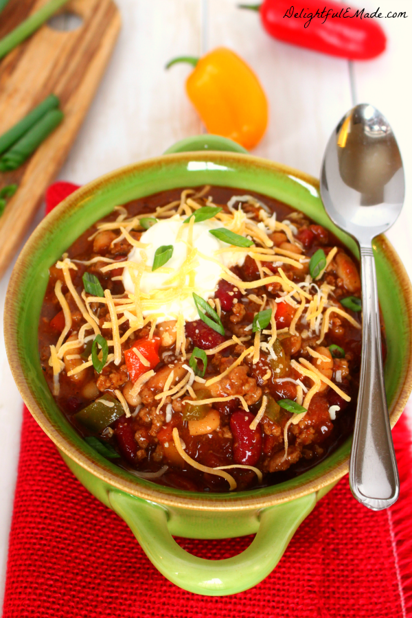 Loaded-Slow-Cooker-Chili-DelightfulEMade.com-vert2