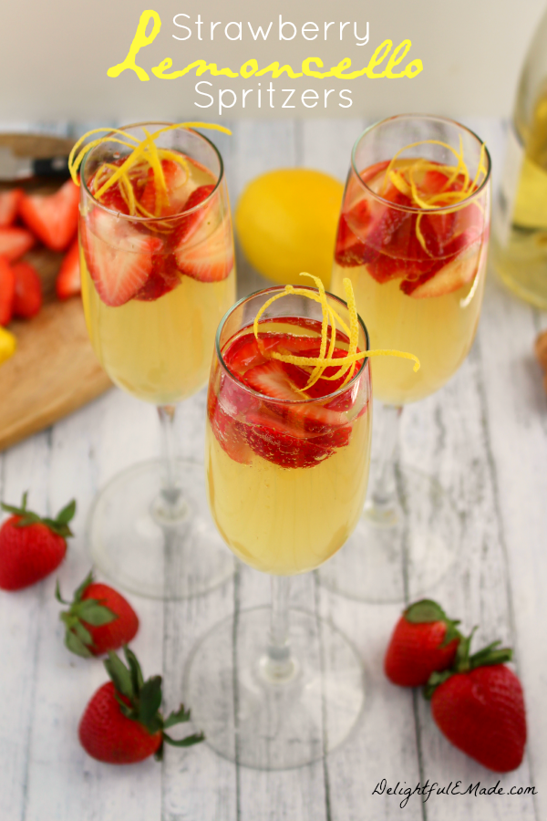 Strawberry Limoncello Spritzers | 21 Easy Brunch Cocktails For Your Weekend Party With Your Girlfriends