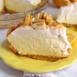Lemon Oreo Icebox Pie