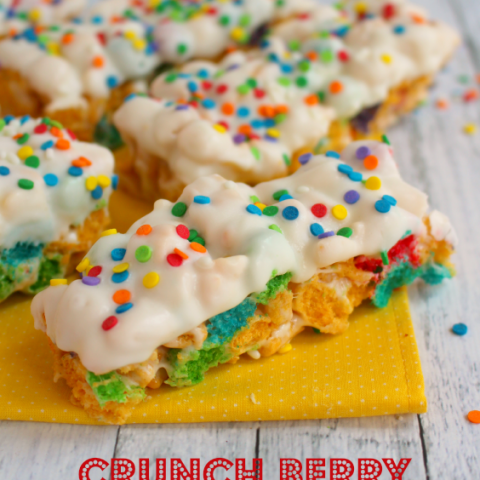 Your favorite breakfast cereal made into a fun, delicious snack bar! A fun, easy snack bar that comes together quickly, it will be a new after-school snack favorite and lunch box treat. Great to make with your kids, too!