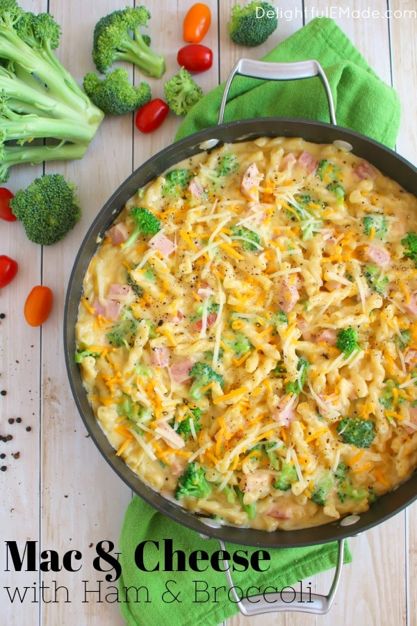 Your new favorite macaroni and cheese recipe! This Mac & Cheese with Ham and Broccoli has everything you need for an easy dinner, including smokey ham, fresh broccoli, and pasta all in an amazing cheese sauce! Best of all, this simple pasta dinner is done and on the table in under 30 minutes!