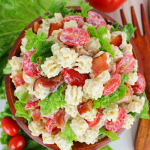 Creamy-Ranch-BLT-Pasta-Salad-DelightfulEMade-vert3