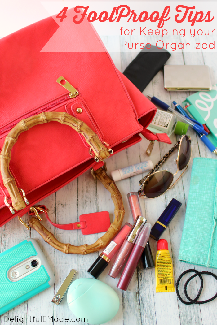 Once things get busy, does your purse get overly disorganized and messy? I've got 4 Foolproof Tips to keeping your Purse Organized so you can easily find everything you need quickly and easily. Also included are some yummy snack ideas, perfect for busy mom's on the go!