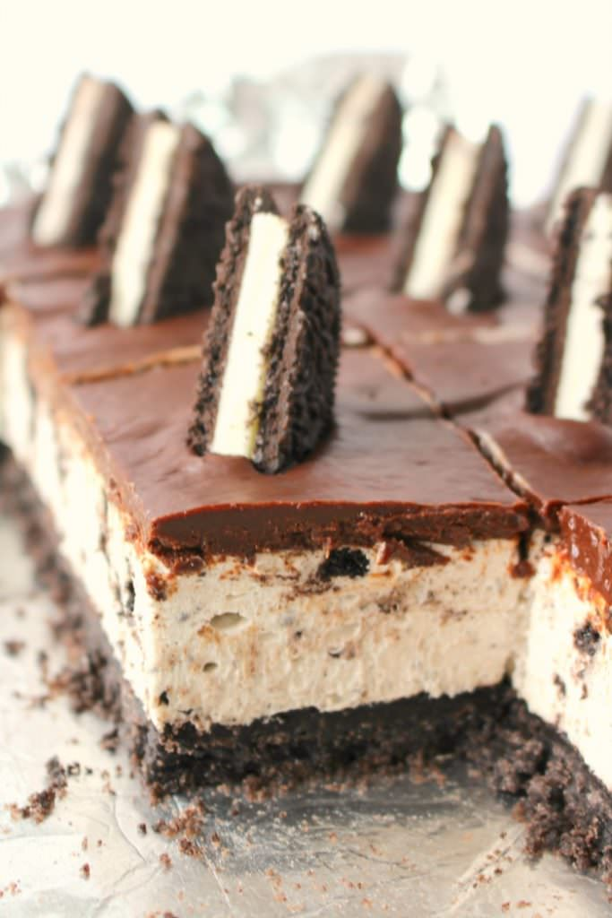 OREO Lovers No Bake Cheesecake Bars - 2016 Reader Favorite Recipes on Delightful E Made