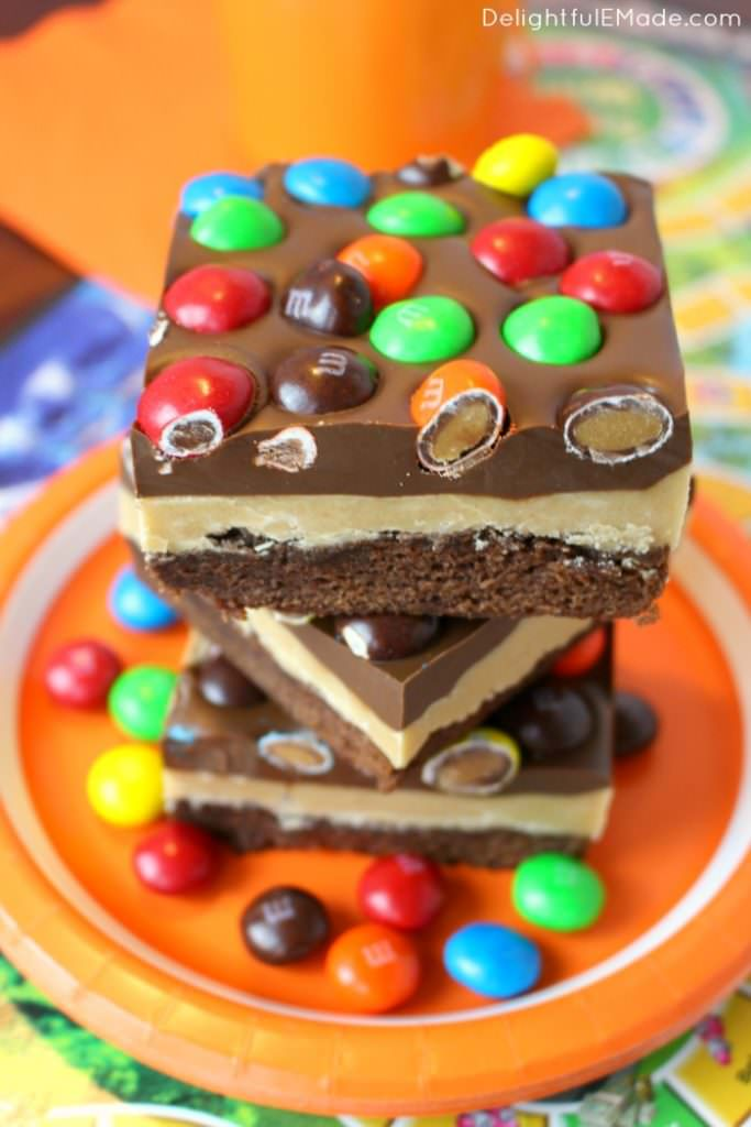 Peanut Butter Lovers Brownie Bars - 2016 Reader Favorite Recipes from Delightful E Made