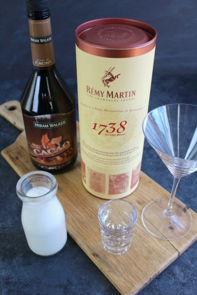 Want to know how to make a Brandy Alexander? With just 4 simple ingredients, this classy cognac cocktail will be your new favorite libation for holiday parties, or your own personal happy hour!