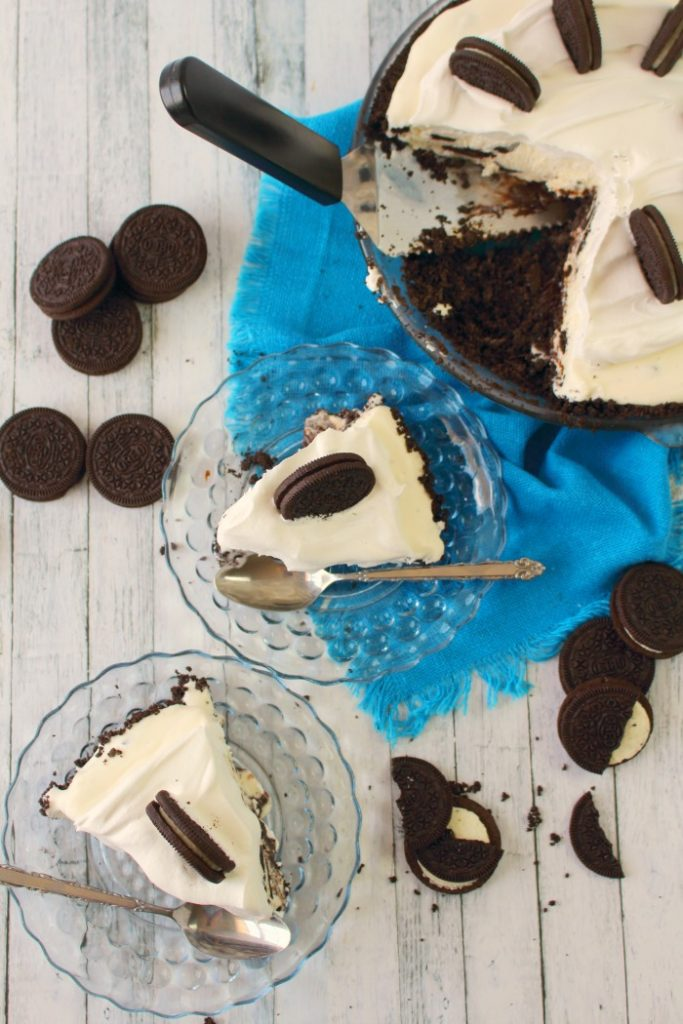 Meet your new favorite way to enjoy ice cream! This delicious and simple Oreo Ice Cream Pie is made with an OREO cookie crust, no-churn ice cream, and topped with even more OREO's. The ultimate summer dessert!