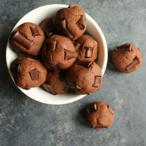 The perfect healthy treat for when chocolate cravings hit! These Fudge Brownie Protein Bites are grain-free, refined sugar-free, low-carb, Paleo-friendly, and taste amazing. The perfect way to indulge your chocolate cravings without the guilt!