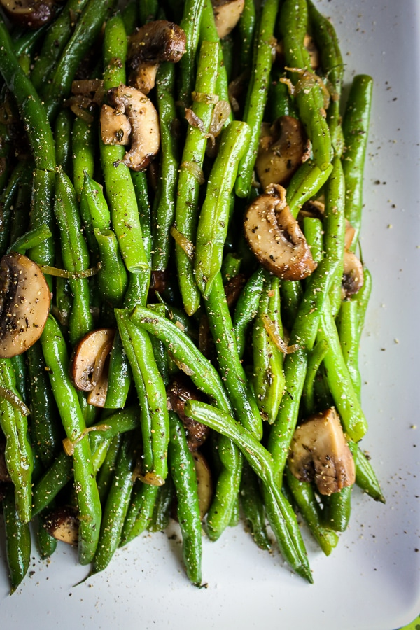 Looking for a healthy Green Bean Casserole option? This recipe for Sauteed Green Beans with Mushrooms and Shallots is an amazing option!