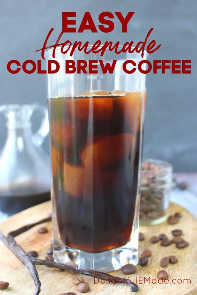 How to Make Cold brew coffee - glass of iced coffee.