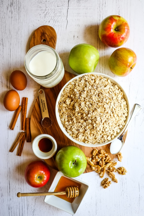 Ingredients for apple cinnamon baked oatmeal.