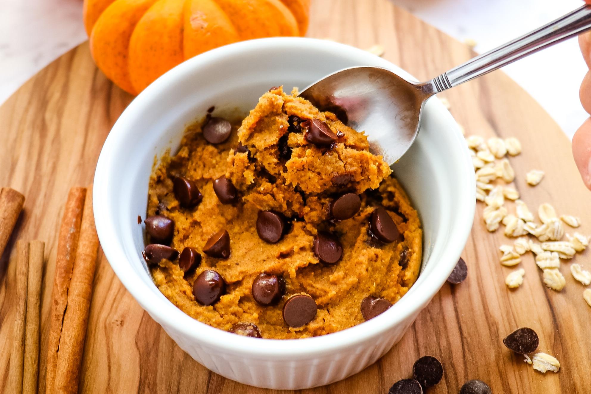Healthy Pumpkin Mug Cake | 1-Minute Microwave Recipe!